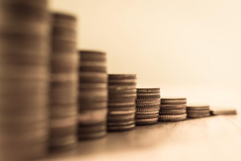 Taxação mínima de multinacionais dependerá de adequações no país, alertam tributaristas